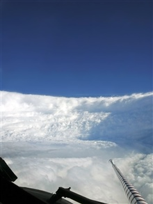 Eyewall of Hurricane Katrina seen from NOAA P-3.