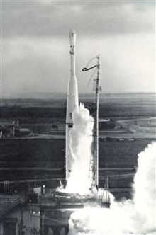 The launching of TIROS I, the first meteorological satellite.