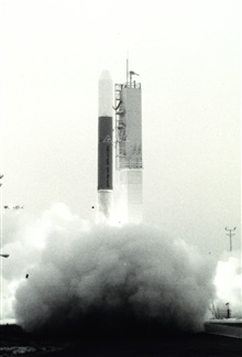 NOAA 5 lifts off.  This satellite weighed 749 pounds , entered a near circularpolar orbit 939.89 by 934.98 statute miles above the Earth, orbited every 116.32 minutes, and was inclined to the equator at 102.105 degrees.  In addition tovisible and inf