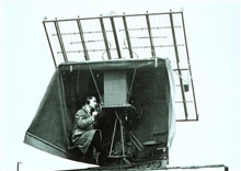 SCR-658 radio direction finder used to track radiosonde balloonsTermed bedsprings antenna