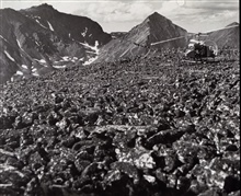 Helicopter reconnaissance of station site at Anaktuvuk Pass.Triangulation party of Walter Helm