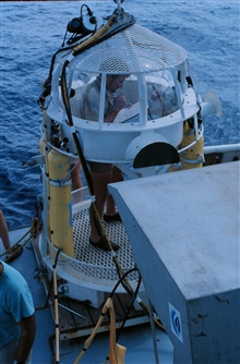 Pre-dive check list ensures safety of bell dive operations.