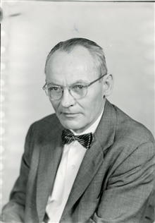 Lansing Simmons, mathematician and former C&GS; officer